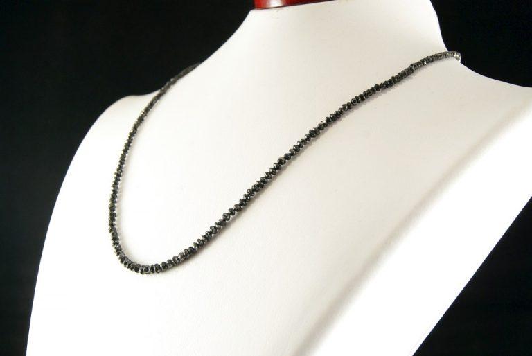 Collar Diamantes Negros