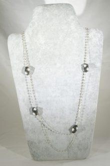 Collar Espinelas y Perlas