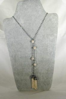 Collar de Plata bañada con Rutenio con Perlas