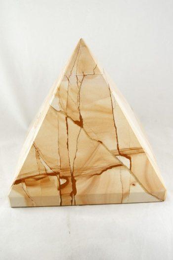 Pirámide de Jaspe Paisina